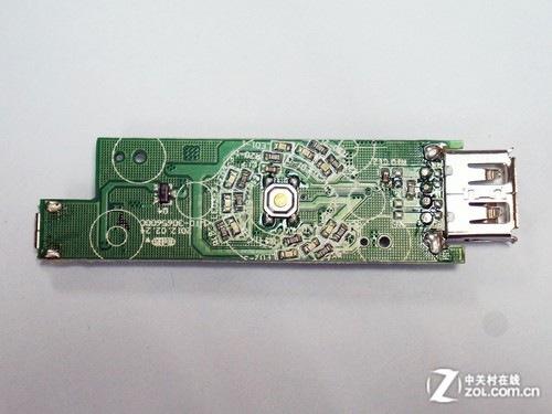 采用并联方式连接到电路板上